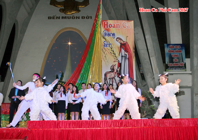 021_HoanCa_GiangSinh_31122017.jpg